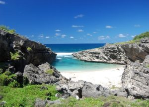 Anse Bouteille in rodrigues. Best beaches of Rodrigues Island. What to do where to go