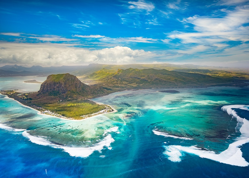 Le Morne surf and kite surf spot. Photo of Le Morne. One eye and Manawa surf spot